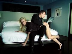 Blonde deepthroats and gets hardcore pussy waxing in heels