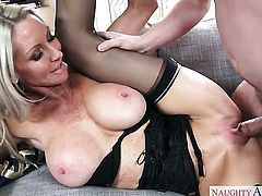 Dane Cross enjoys unthinkably hot Emma Starrs wet hole in sex action