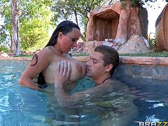 Big boobed mom Holly Halston gets her hole stuffed under water