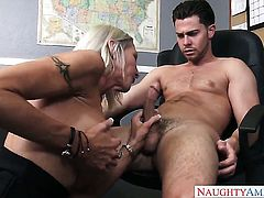 Seth Gamble uses his throbbing love stick to bring Exotic Emma Starr to the edge of nirvana