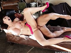 Johnny Castle gets seduced by Eva Karera and then fucks her vagina