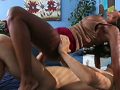 Ebony milf Diamond Jackson visiting her therapist Erik Everhard