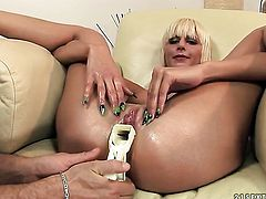 Blonde White Angel tries her hardest to make her sex partner bust a nut