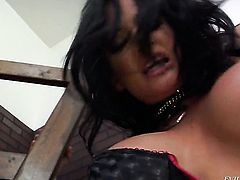 Tory Lane gets dicked to orgasm by Tom Byron