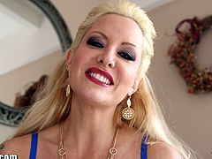 Tattoed MATURE MILF stripper performs a deepthroat to her client and gags a lot! You must see this!