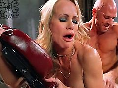 MILF Simone Sonay gives it to Johnny Sins on massage table