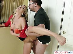 Oriental Karla Kush loves to fuck and cant say No to her horny fuck buddy Dane Cross