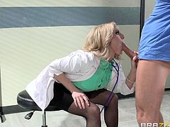 A stupid girlfriend watches, how a busty doctor unzips her boyfriend's pants and sucks his dick with lust, while down on knees. The horny blonde-haired lady takes off her uniform and is hardly waiting to show the patient what's under her skirt. See her blue lace panties removed. The rim job part is kinky!