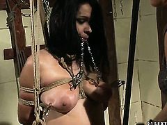 Mature Katy Parker with juicy boobs finds herself getting her snatch eaten out by lesbian Aleksa