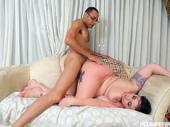 Plumper chick Ava Doll got a new present from his boyfriend and that is this huge white dildo and she rewarded him with a free fuck all night long on her wet cunt.
