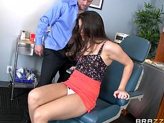 Doc Erik is a busy guy, but he always makes time for his favorite patients. Natalie is now in his office and gets a rigorous examination. He checks her denture and her pussy in the same time and after concluding that it's all fine, prepares for a deeper examination.