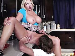 Karen Fisher with bubbly booty wants Tyler Nixons boner in her mouth desperately and gets it