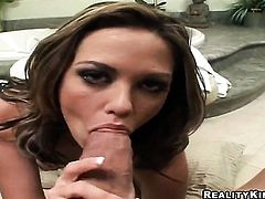 Billy Glide gets pleasure from fucking good looking Jenny Hendrixs mouth