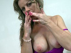 If mature ladies are what you're looking for, feel free to click and enjoy the next exciting solo scenes, with a seductive long blonde-haired milf. Lianna gets rid of her sexy lingerie with soft and sensual movements. She starts playing with her nipples and lovely tits, and continues with fingering pussy.