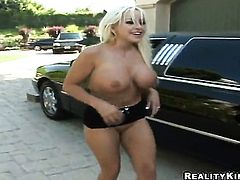 Blonde Savannah Gold gets her mouth stretched by beefy erect love torpedo of Johnny Sins