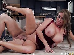 Clover puts his cock in eye-popping Kianna Diors vagina