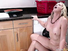 Xander Corvus gets turned on to the point of no return by Simone Sonay and then pounds her mouth