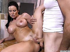 Kendra Lust with phat bottom is the one that wants cum on face over and over again