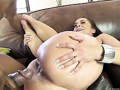 Prince Yahshua gives sinfully sexy Liza del Sierras backdoor a try in hardcore sex action