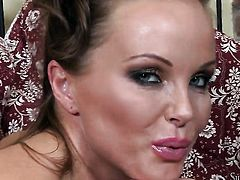 Silvia Saint kills time fingering her cunt