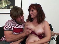 Red head mom is shaged by her son inside law