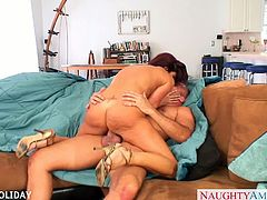 Big jugged brunette babe Tara Holiday riding  a large schlong