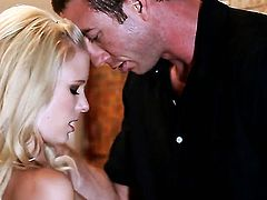 Elaina Raye is good on her way to make hard dicked dude shoot his load on oral action