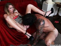 Dale Dabone attacks sinfully sexy Brynn TylerS muff with his love torpedo
