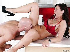 Syren De Mer with giant melons is a slut who wants to suck and gives head to Johnny Sins