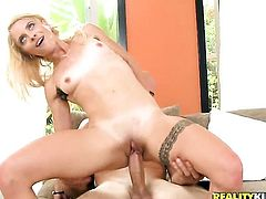Blonde Cameron Canada with shaved beaver enjoys guys ram rod in her mouth in insane oral action