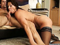 Alan Stafford cant wait any longer to insert his pole in alluring Vanessa Videls muff