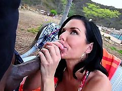 If theres one thing Veronica Avluvs hair and the ding dong she likes the most have in common, its that their both dark. Dark hair and a dark chocolate dong make perfect interracial.