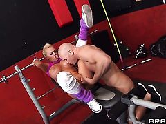 Johnny Sins gets pleasure from fucking incredibly sexy Nikita Von Jamess love hole