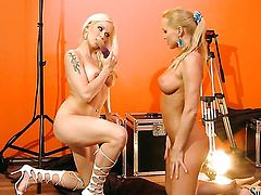 Silvia Saint parts her legs and gets her wet spot tongue fucked by Stacy Silver in lesbian action