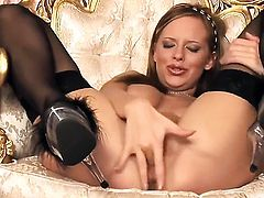 Carmen Gemini cant stop fingering her pussy hole