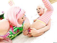 Jayda Diamonde and lesbian Katie Angel have sex on camera for you to watch and enjoy
