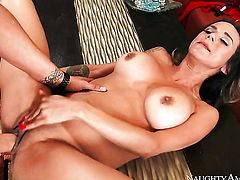 Clover pounds dangerously seductive Nadia Styless muff in every position