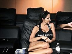 Asian Alektra Blue with juicy booty cant stop licking Tory Lanes wet cunt in lesbian action