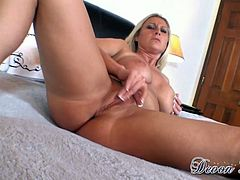 Lovely big breasted blonde sexpot sucks lollicock and enjoys fingerfuck