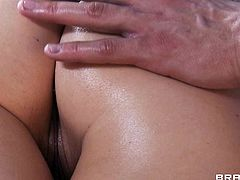 Jenni Lee enjoys massaging cock