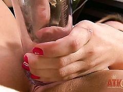 Blonde whore Chloe Lynn with tiny tities and bald pussy playing with herself on camera