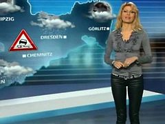 Maira Rothe Weather Girl