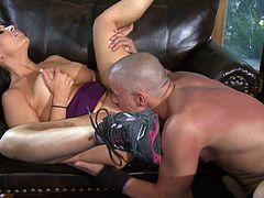 Vanilla Deville is a lovely busty woman. Dark haired big racked woman parts her lovely legs the way man cant resist. He licks and fucks her juicy snatch with big enthusiasm.