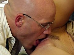 Four-eyed bald guy makes every sex fantasy a reality with fuck hungry skinny milf India Summer. Slim small titty woman gets her neatly trimmed snatch licked and banged in Magic Mike porn parody.