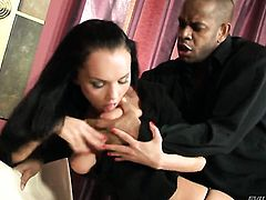 Anabell gets her fudge packed by Kid Jamaica in anal porn action