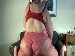 BBW fatty facesits slave!
