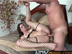 HDVPass Bobbi Starr gets bum slammed