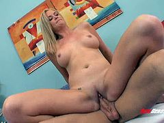 Leggy blond mommy Camryn Cross bounced on big cock in reverse pose