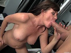 Sporty milf blows her trainer's huge boner and gets screwed
