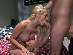 Classic blonde bimbo Victoria Givens blows dick of a nerdy guy